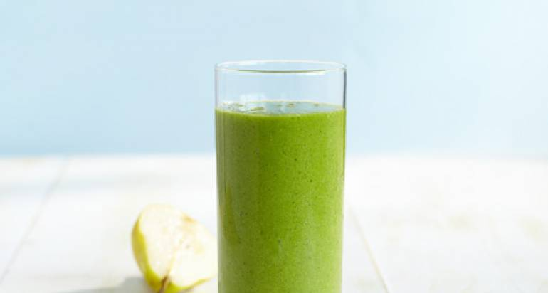Zielony smoothie z jarmużem i gruszką