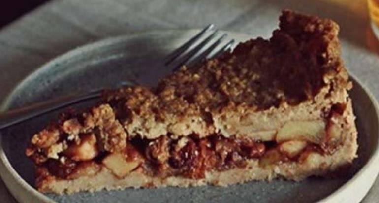 Jaglana szarlotka – wegańska, bez glutenu i naturalnie słodzona!