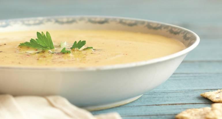 Zupa z zielonym kabaczkiem
