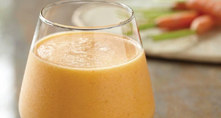 Sok z marchwi, jabłek i pomarańczy