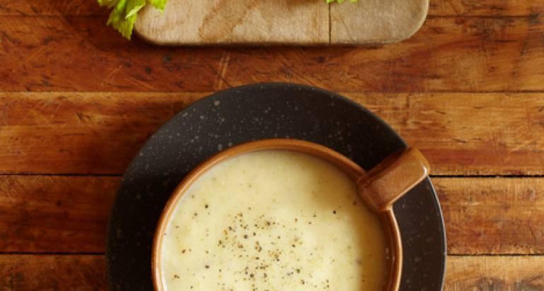 Zupa z selerem naciowym i ziemniakami